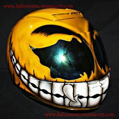 Custom Motorcycle Helmet Airbrush Painted DOT and ECE for Superbike Big Bike Crash Carting yellow Smiley CH06