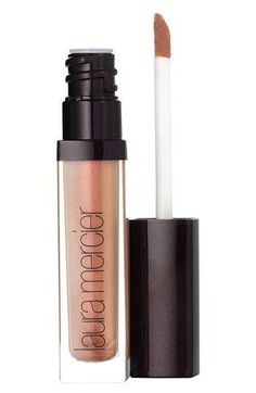 Lip Glace from Laura Mercier. A high-shine, perfectly pigmented lip gloss with rich, long-lasting colour and brilliant shine that creates the appearance of fuller lips. Get your rebate from RebateGiant. Ysl Beauty, Beauty Makeup, Beauty Bar, Makeup Tips, Laura Mercier, Best Lip Gloss, The Violet, Lip Plumper, Tips Belleza