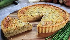 Three different alliums give this creamy tart a lovely range of savoury flavours, while the grainy mustard adds a note of sweetness. Like most savoury egg tarts, it is best eaten warm or at room temperature, rather than piping hot. Onion Tart, Egg Tart, Paul Hollywood, Sbs Food, Tart Recipes, Bbc Recipes, Vegetarian Recipes, Fodmap Recipes, Pizza