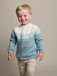 Søk i strikkeoppskrifter | Rauma Garn Diy Knitting Projects, Sewing Crafts, Boys Sweaters, Winter Sweaters, Fair Isles, Winter Gear, Knitting For Kids, Knits, Knitting Patterns