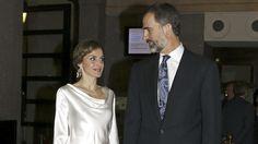 Los Reyes acuden a ver Otello en el Teatro Real el día del 44 cumpleaños de doña Letizia