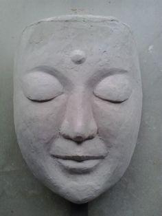 BUSTBUDDHA Colocando la máscara en el pie para teminar el modelado