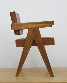 Pierre Jeanneret --chair from Chandrigargh Court House bleached teak & leather Pierre Jeanneret, Wood Furniture, Modern Furniture, Furniture Design, Chaise Vintage, Interior Decorating, Interior Design, Furniture Inspiration, Wood Design