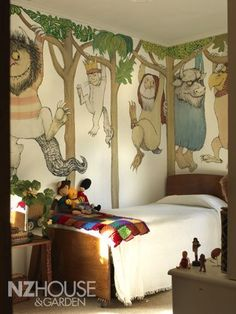 Where the Wild Things Are wall mural in New Zealand house from NZ House & Garden. if i ever have a kid or a library i want some part of this incorporated