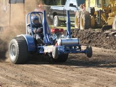 Terry's Mini Rod pulling tractor...