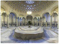 Cagaloglu Hamam Turkish Bath in Fatih Istanbul Turkish Bath House, Turkey Destinations, Istanbul Travel, Visit Istanbul, Turkey Holidays, Ottoman Empire, House Styles, Building, Relaxing Places