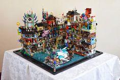 Lego Ninjago City, Lego City, Lego Movie Sets, Lego Humor, Lego Pictures, Amazing Lego Creations, Lego Construction, All Lego, Lego Modular