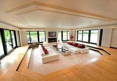 Sunk in Livingroom