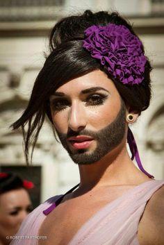 Η ΔΙΑΔΡΟΜΗ ®: Conchita Wurst