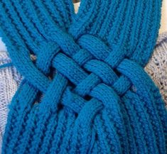 Ravelry: Celtic Knot Looped Scarf pattern by Patricia Everett