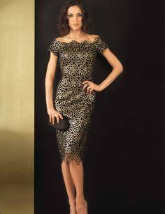 Vestido 75.- €  disponible en oro y negro.