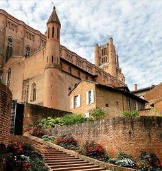 La touche française - Albi France Plus Art Roman, France City, Honfleur, Fontainebleau, Beaux Villages, Chateaus, French Food, France Travel, Toulouse