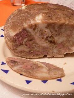 Jest przepyszny, na pewno lepszy niż ten ze sklepu i po prostu warto go zrobić. :) Jeśli nawet ktoś nie lubi salcesonu, to nie ... Pork Recipes, Cooking Recipes, Home Made Sausage, Meat Sandwich, Kielbasa, Meat And Cheese, Polish Recipes, Healthy Dishes, Finger Food