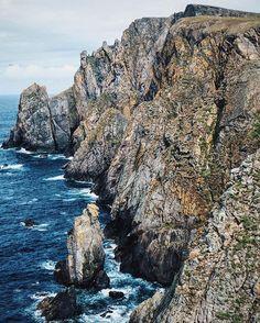 Fair Isle cliff joy 😍 #fairisle #inspiredbyshetland #geology