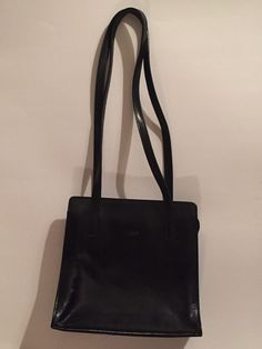 I PONTI Firenze Shoulder Purse - Black - Leather - Made in Italy #IPonti #ShoulderBag