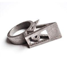 #NoraSailRing #3dnyomtatottgyuru #nikkelezettacel #customdesign  #3dprintedjewelry designed by me #parametricart #parametricart3dnyomtatas@bonooobong and #3dprinted by #shapeways #slsprinting #3dprintmetal ❗web link in my bio