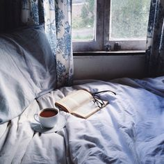 Enjoying a quiet — reading in bed and sipping on a cup of Have a lovely day everyone ♡ Modern Hepburn, Better Than Yesterday, My Candy Love, Tea And Books, Quiet Moments, Reading In Bed, Just Relax, Aesthetic Bedroom, Inspirational Books
