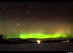 Aurora Borealis dips down as far south as Michigan as a result of the solar flare on 3/8/12.