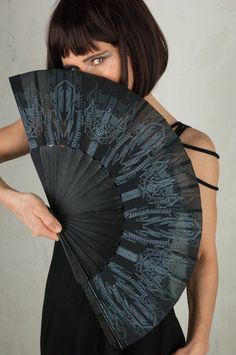 Goth Hand Fan and Folding hand fans with Sacred Geometry Cyberpunk Gothic Wedding Gift for Her Goth Outfit, Jedi Outfit, Assassins Creed, Festival Outfits, Festival Fashion, Cyberpunk, Cute Summer Outfits, Cool Outfits, Samurai Pants