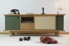 Esta cómoda vintage es un mueble de madera preciosa, que incluye un diseño cuidadoso. Se verá mejor dentro de un interior escandinavo.