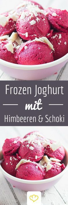 Blitz-Frozen-Joghurt mit Himbeeren und weißer Schokolade Frozen yogurt in 5 minutes? Simply puree frozen raspberries with yoghurt and refine with white chocolate. Also tasty: blueb Chocolate Frozen Yogurt, Chocolate Snacks, Yummy Food, Tasty, Frozen Desserts, Summer Desserts, Cream Recipes, Gelato, I Love Food