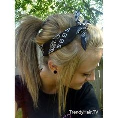 50 ideas motorcycle hairstyles with bandana braid buns 50 Ideen Motorrad Frisuren mit Bandana Braid Brötchen Cute Bandana Hairstyles, My Hairstyle, Pretty Hairstyles, Bandana Updo, Hairstyles Haircuts, 7th Grade Hairstyles, Country Girl Hairstyles, Hairstyle Ideas, Active Hairstyles