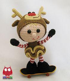 Wm_133_doll_in_a_reindeer_outfit_littleowlshut_crochet_pattern_stelmakhova_amigurumi10_small2