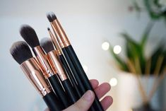 Vegan Natural Make Up Brushes (photo by Ethical Evolution) Natural Make Up, Free Makeup, Beauty Box, Choose Me, Makeup Cosmetics, Skin Care Tips, Makeup Brushes, Evolution, Natural Beauty