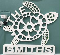 Sea Turtle Customized weatherproof sign for indoor outdoor Wall Hanger, Door Hangers, Turtle Silhouette, Burlap Signs, Funny Home Decor, Vintage Metal Signs, Wood Candle Holders, Welcome Decor, Beach Signs
