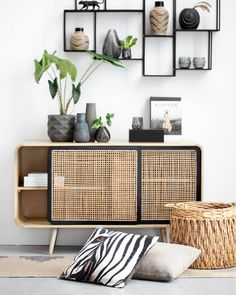 Cabinets is a must in any living room. Add this from Lene Bjerre to create a modern scandinavian look. New Living Room, Small Living Rooms, Living Room Modern, Home And Living, Living Room Designs, Cozy Living, Living Furniture, Home Furniture, Furniture Design