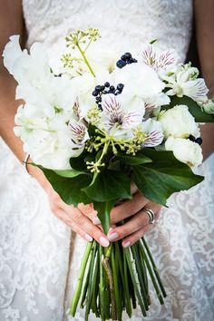 {Wedding Blooms}