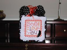 Halloween stand up cube, I finished for The Stitch & Frame shop