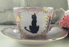 Teacup Cats, Goth Home, Teapots And Cups, Mug Cup, Belle Photo, Cup And Saucer, Pink And Gold, Tea Time, Tea Party