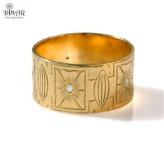 Wedding Band 18k Gold wide wedding band engraved by DINARjewelry