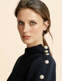 Elegant Makeup, Man Set, Great Women, Irina Shayk, Fashion 2020, Up Hairstyles, Mannequin, Fashion Photo, Feminine