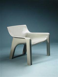 Vicario, designed by Vico Magistretti for Artemide, 1970 / via modernity