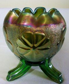 Northwood Carnival Glass Green Daisy & Plume Rose Bowl