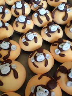 Cheeky Monkey Cupcakes