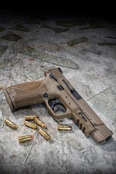 Tactical Shotgun, Tactical Knives, Tactical Gear, Handgun For Women, M&p Shield 9mm, M&p 9mm, Smith Wesson, Cool Guns, Hunting Gear