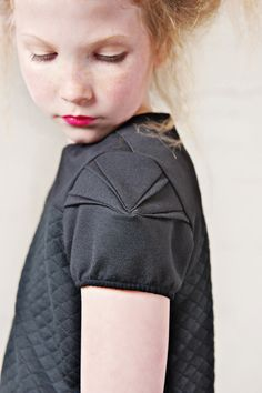This origami-esque sleeve detail by William + Leora is amazing!!!