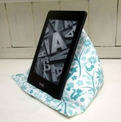 How to Make a Kindle Pillow - Tea and a Sewing Machine