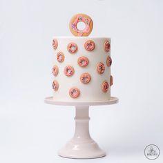 Торт пончик №1465 на заказ в Москве