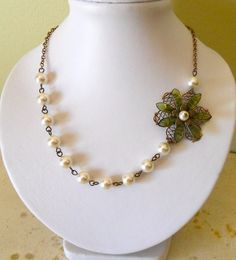 Elegancia flor crema collar perlas,-collar verde flor, Vintage, envío gratis, regalos, joyería de la boda