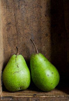 Pears by Renáta Dobránska
