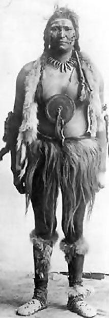Enos Hunter - Assiniboine - circa 1900