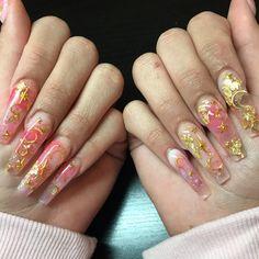acrylic nail designs of glamorous ladies of the summer season 1 Edgy Nails, Aycrlic Nails, Stylish Nails, Hair And Nails, Coffin Nails, Grunge Nails, Uñas Sailor Moon, Sailor Moon Nails, Best Acrylic Nails