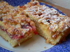 Jedná se v podstatě o linecký mřížkový koláč, ale protože jsem byla lenivá vyvalovat mřížky, pomohla jsme si struhadlem.... Náplň je libovolná - já dělám půl s marmeládou a půl se strouhanými jablky, protože manžel nemusí jablka  tepelně upravená..... French Toast, Breakfast, Food, Morning Coffee, Essen, Meals, Yemek, Eten