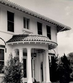 BEAUMONT - The J.J. Utitz home at the corner of Seventh and South has Doric columns.