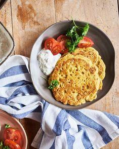 Pudla mit Raita Chili, Curry, Veggie Recipes, Hummus, Veggies, Cooking, Ethnic Recipes, Food, Drinks