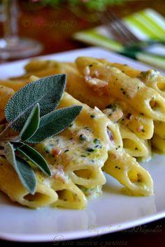 New pasta carbonara recipe easy ideas Pasta Carbonara, Easy Carbonara Recipe, Recipe Pasta, Pancetta Pasta, Ricotta Pasta, Risotto Cremeux, Greek Yogurt Recipes, Easy Pasta Recipes, Daily Meals